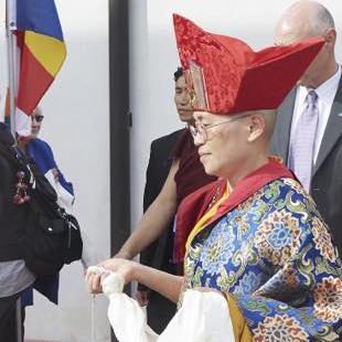 Lama Lodro Lhamo-regalia-crop